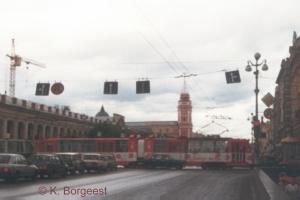 Straßenbahntriebwagen LVS86, St. Petersburg